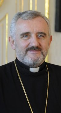 Prezident SR Ivan Gašparovič prijal 21.apríla 2008 v prestoroch prezidentského paláca v Bratislave predstaviteľov gréckokatolíckej cirkvi na Slovensku. Na snímke bratislavský eparcha Peter Rusnák. FOTO TASR - Štefan Puškáš